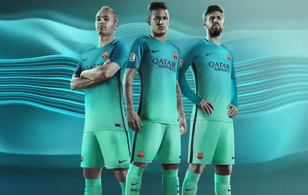 Terceira camisa do Barcelona 2016-2017 Nike - Futebol no Planeta 126c8c83382