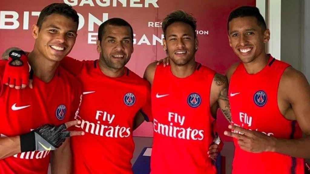 Thiago SIlva, Daniel Alves, Neymar e Marquinhos PSG